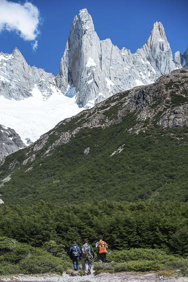 famous patagonia mountain ranges 0051