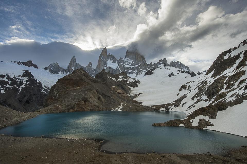 famous patagonia mountain ranges 0751